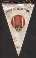 Football / Flag, Pennant / Czechoslovakia Football Federation - Habillement, Souvenirs & Autres