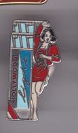 Pin's PIN UP HOLLYWOOD SIGNE SAUVAGINE - Pin-ups