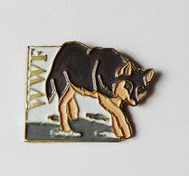 Pin's Animaux WWF Loup - Animals