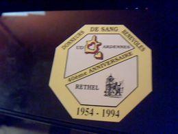 Autocollant  Publicite Association Donneurs  De Sang Benevoles Des Ardennes Rethel 1954/1994 - Stickers