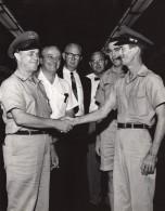 USA Florida Orlando Air Force Base Militaires Souriant Ancienne Photo US Air Force 1965 - War, Military