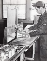 US Air Force Entrepot De Supermarche Base Militaire Canada Dry Ginger Ale Ancienne Photo 1965 - War, Military