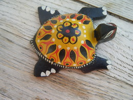 Tortue En Bois Peint - Turtles