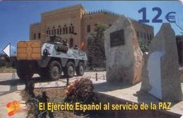TARJETA TELEFONICA DE ESPAÑA USADA. 04.05 - TIRADA 50200 (427). EL EJERCITO ESPAÑOL AL SERVICIO DE LA PAZ. - Spain