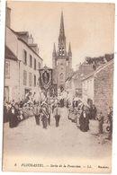 CPA Plougastel Sortie De Procession 29 Finistère - Plougastel-Daoulas