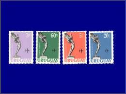 Qualité: XX – 194 + 198 + 203 + 205, 4 Valeurs Avec Double Impression Du Fond De Couleur: Déesse Ailée . - Uruguay