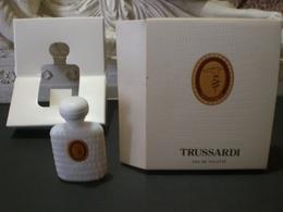 Parfum عطر духи Perfume  TRUSSARDI From Vintage Collection Mignon Complete Set RARE !!! - Miniatures Modernes (à Partir De 1961)