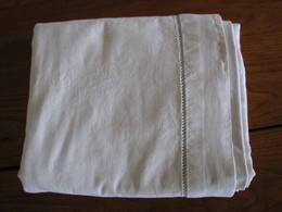 184 - Drap Brodé De Jours échelle - Bed Sheets