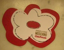 Carte Parfumée Chic Petals De Moschino - Perfume Cards