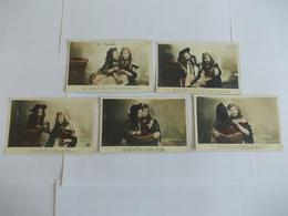 Lot De 5 Cartes D'une Même Série Deux Jeunes Filles Les Cerises - Postcards