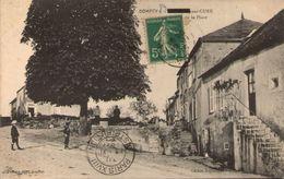 89 - DOMECY-sur-CURE - La Place (légende Partiellement Masquée Par Le Timbre) - France