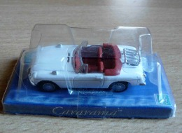 MGB CABRIOLET BLANCHE CARARAMA HONGWELL ECH 1/72 HO 2 SCAN - Voitures, Camions, Bus