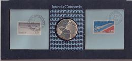 FRANCE : JOUR DU CONCORDE . 2 TIMBRES . PLUS PIECE . PREMIER VOL PARIS - RIO . 1976 . - Concorde