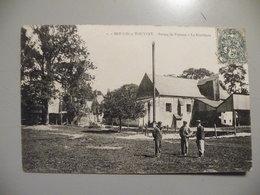 A455..CPA. 60. MOULIN-sous-TOUVENT. (Oise)  Ferme De Puiseux. La Distillerie.   Beau Plan Animé. Ecrite & Voyagée 1907 - Otros Municipios