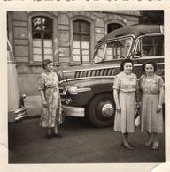 Alter Reisebus - Automobiles