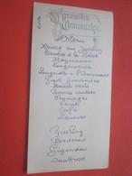VINTAGE MENU PREMIÈRE COMMUNION  LUNCH CHAMPAGNE MERCIER MOET & CHANDON RIESLING-BORDEAUX GIGONDAS ILLUSTRATION RELIEF - Menus