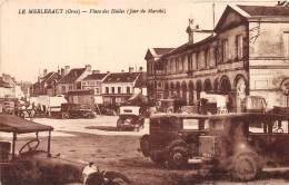 61 - ORNE / Le Merlerault - 611388 - Place Des Halles - Altri Comuni