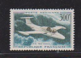 France / Poste Aérienne / N 35 / 300 Francs Vert / NEUF** / Côte 8 € - 1927-1959 Mint/hinged