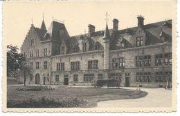 Quiétude Château De Fallais  L'aile Gauche Du Château (vue De La Cour Intérieure). - Braives