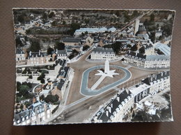 50 - AVRANCHES - PLACE PATTON - LA FRANCE VUE DU CIEL - PILOTE PHOTO RAY DELVERT - 1961 - R12699 - Avranches