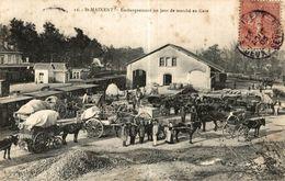 ST MAIXENT  EMBARQUEMENT UN JOUR DE MARCHE EN GARE - Saint Maixent L'Ecole
