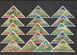 """Indonésie - Dissidents Des Sud-Molluques ( Série Complète De 16 Timbres Privés """" POISSONS"""" X -MH) - Indonésie"""