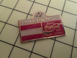 Pin410c Pin's Pins / Rare Et De Belle Qualité / COCA-COLA : COUPE DU MONDE DE FOOT ITALIE 1990 DRAPEAU AUTRICHE - Coca-Cola