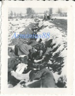 Die Wehrmacht In Rußland - Gemeinsame Grube - Fosse Commune Improvisée - War, Military