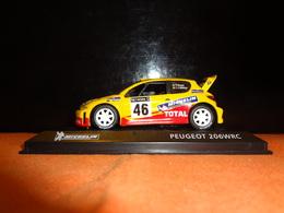 "Voiture De Rallye - Peugeot 206 WRC - V. Rossi Et C. Cassina  "" Michelin"" - 1/43 (bibendum) - Rallye"
