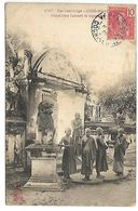 Ex CAMBODGE - SIEM REAP - Bonzillons Fumant La Cigarette - Cambodia