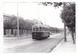 33 Tramways De Bordeaux PHOTO Tram Tramway Ornano N°10 Le 15 Mai 1956 Citroën 2Cv VOIR DOS - Orte