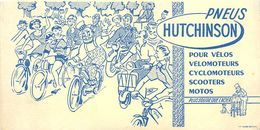 VP-GF.18-49 : BUVARD.  PNEUS HUTCHISON POUR VELO SCOOTEURS MOTOS CYCLOMOTEURS. SOLEX. MONTARGIS. - Produits Laitiers