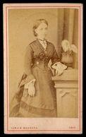 Fotografia De Senhora. LIMA & MADEIRA Photographia Lusitana Rua Do Thezouro Velho LISBOA. 1870s Old CDV Photo PORTUGAL - Photos