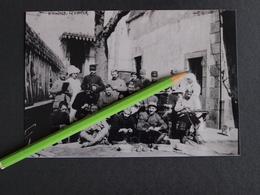 PHOTO(RETIRAGE) Quimper 29 Finistére 1917 Blessés En Convalescence à L'hopital . ! - Reproductions