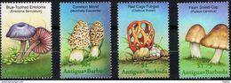 ANTIGUA & BARBUDA - Entoloma Serrulatum - Morchella Esculenta - Clathrus Ruber - Pluteus Cervinus - Paddestoelen