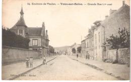 VAUX SUR SEINE   Grande Rue - France