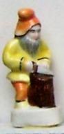 Fève - Les Lutins Du Père Noël - Nain à La Bûche - 1994 - Fèves