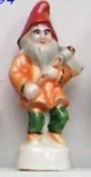 Fève - Les Lutins Du Père Noël - Nain à La Hache - 1994 - Fèves