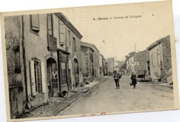 11 MOUX - Avenue De Lézignan - Animée - Autres Communes