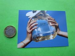 MARC JACOBS -  Carte Parfumée - Perfume Cards