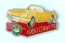 Pin's CHEVROLET CORVETTE Jaune De 1960 - H009 - Corvette