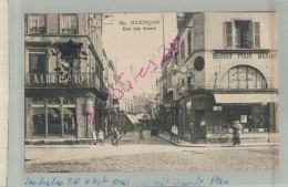 CPA 61  ALENCON  Rue Aux Sieurs   Animé Fev  2018 869 - Alencon