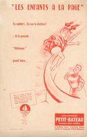 VP-GF.18-213 : BUVARD. VETEMENT ENFANT PETIT-BATEAU. LES ENFANTS A LA PAGE. - Buvards, Protège-cahiers Illustrés