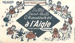 VP-GF.18-224 : BUVARD. BOTTES SNOW-BOOTS. A L'AIGLE. HUTCHINSON. MONTARGIS. LOIRET. - Buvards, Protège-cahiers Illustrés