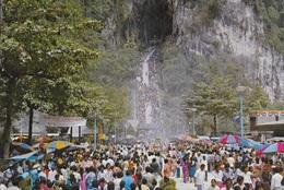 MELAKA - THAIPUSAN FESTIVAL IN BATU CAVES - VIAGGIATA 1990 FRANCOBOLLO ASPORTATO - Malesia