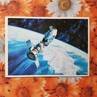"OLD USSR Postcard - Spaceship  - SPACE -  ""Apollo & Soyuz Station "" By Sokolov  . OLD SOVIET ART POSTCARD. 1978 - Espace"