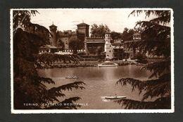 TORINO - Castello Medioevale / Borgo Medioevale & Fiume Po ( Spedita 1938 ) ANIMATA - Fiume Po