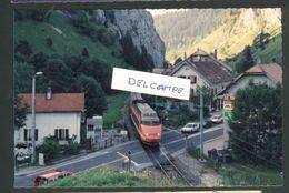 25 - Le Frambourg - TGV Franchissant Le PN 29 Sur La RN 57 Ligne Frasne-Les Verrières En 2000 - France