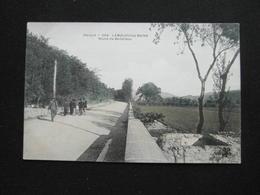 CPA LAMALOU LES BAINS ROUTE DE BEDARIEUX (34 HERAULT) COLOREE  ANIMEE HOMMES F - Lamalou Les Bains