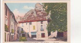 CPA -   Saint Guilhem Le Désert -  Place De L'église - Frankrijk